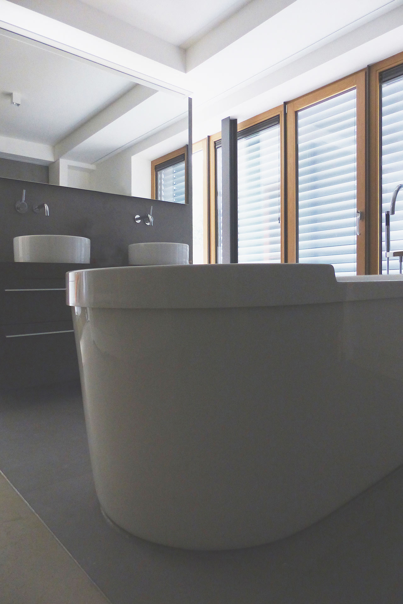 "Strobel Architekten | Projekt ""Haus ASH01"" Bad"